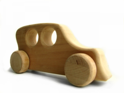 Puidust auto